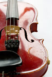 gammal skrapad fiol Royaltyfria Bilder