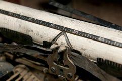 gammal skrivmaskin Fotografering för Bildbyråer