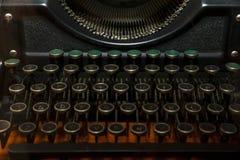 gammal skrivmaskin Arkivfoton