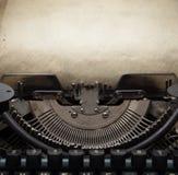 Gammal skrivmaskin Royaltyfri Fotografi