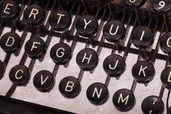 gammal skrivmaskin för tangentbord royaltyfria foton