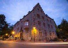 Gammal slott giessen Tyskland i aftonen royaltyfria bilder