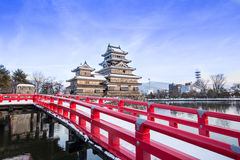 Gammal slott i Japan royaltyfria foton