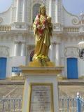 Gammal southindiakyrka i chennai Pondicherry den vita staden royaltyfria bilder