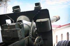 Gammal sovjetisk kanon för världskrig II Royaltyfria Foton