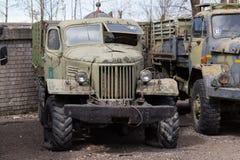 gammal sovjetisk lastbil Royaltyfri Bild