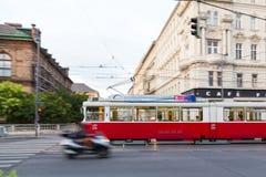 Gammal spårvagn i Wien royaltyfri fotografi