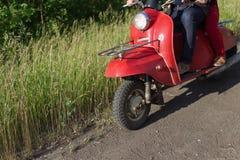 gammal sparkcykel Royaltyfria Foton