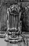 Gammal springbrunn i Rome Royaltyfria Foton
