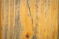 Gammal sprucken målarfärgmodell på träbakgrund Skalning av målarfärg, nolla Arkivbilder
