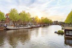 Gammal stad av Amsterdam fotografering för bildbyråer
