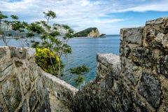 Gammal stad av Budva i Montenegro i solig dag Royaltyfri Fotografi