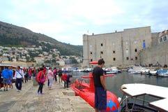 Gammal stad av den Dubrovnik bryggan Fotografering för Bildbyråer