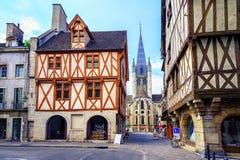 Gammal stad av Dijon, Bourgogne, Frankrike royaltyfri foto
