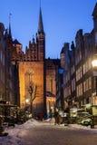 Gammal stad av Gdansk i vinterlandskap Arkivbild