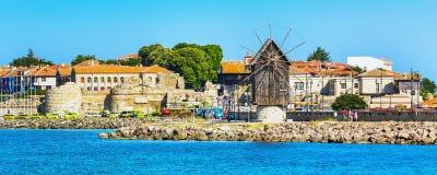 Gammal stad av Nesebar i Bulgarien vid Blacket Sea Fotografering för Bildbyråer