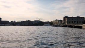 Gammal stad av Stockholm, Sverige under sommaren arkivfilmer