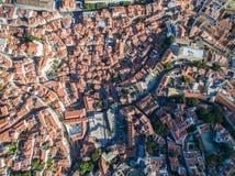 Gammal stad för flyg- sikt av den Lissabon staden Arkivbild