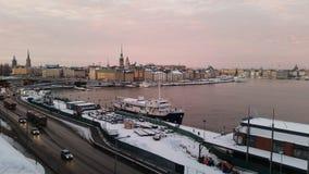 Gammal stad för Stockholm skymning Arkivfoton