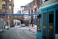 Gammal stad Frankfurt för trafik royaltyfri bild