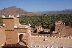Gammal stad i Marocko, typisk moroccan arkitektur Royaltyfri Bild