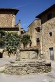 Gammal stad i Volpaia (Tuscany, Italien) Arkivbild