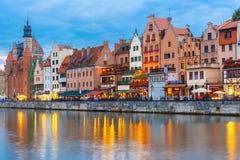 Gammal stad och Motlawa flod i Gdansk, Polen Arkivfoto