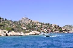 Gammal stad vid havet Royaltyfri Bild