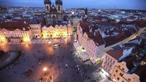Gammal stadfyrkant i aftonen, Prague lager videofilmer