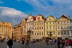 Gammal stadfyrkant, i Prague royaltyfri bild