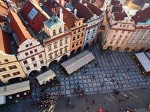 Gammal stadfyrkant, sikt från stadshustornet, Prague Arkivbild