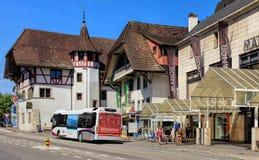 Gammal stadgata i Aarau, Schweiz Royaltyfri Fotografi