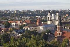 Gammal stads tak från luft arkivbild