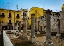 Gammal stadsmitt i Bari Italy arkivfoto