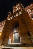 Gammal stadthausbyggnad i berlin Tyskland på natten royaltyfria bilder