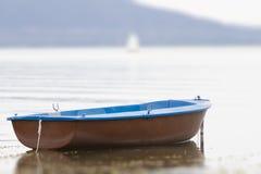 Gammal stakbåt Arkivfoton