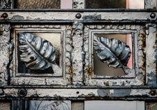 gammal staketmetall arkivbild