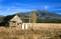 gammal station för gas Royaltyfria Bilder