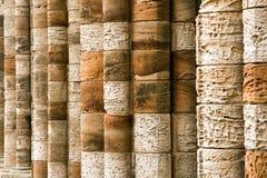 gammal sten för kolonner Arkivfoto