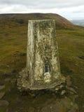 Gammal sten på kullen Arkivbilder