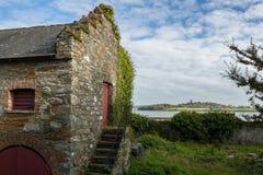 Gammal stenbyggnad som är nordlig - ireland Arkivbild