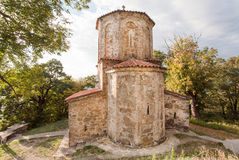 Gammal stenkyrka av Nekresi den ortodoxa kloster i den Alazani dalen, Georgia Kloster restes upp i det 4th århundradet Royaltyfria Bilder