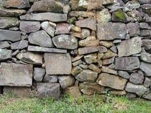 gammal stenvägg för tegelsten Royaltyfri Bild