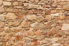 Gammal stenvägg Vägg av slotten från det 13th århundradet Ställe för din text Royaltyfria Foton
