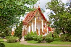 Gammal stil av den thailändska buddistiska templet av Thailand Arkivbilder