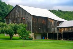 Gammal stjärnaladugård Amish Pennsylvania royaltyfria foton
