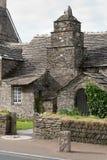 Gammal stolpe - kontor i Cornwall Arkivfoton