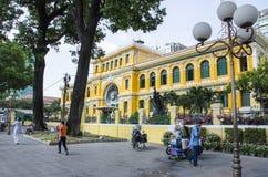 Gammal stolpe - kontor, Vietnam Arkivfoton