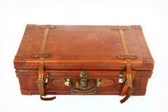 Gammal stor brun resväska royaltyfri bild