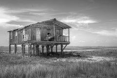 Gammal svart & vit för Wood hus Royaltyfri Foto